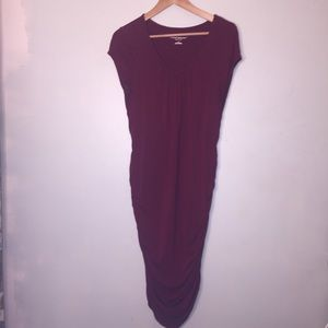 Liz Lange Maternity burgundy L dress